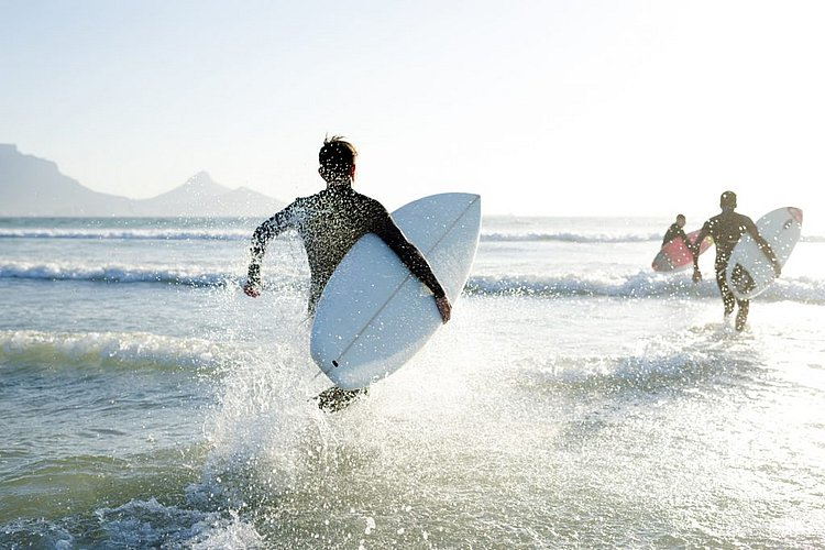 Richard Branson's 5am surfing ritual, and other daily habits of billionaires