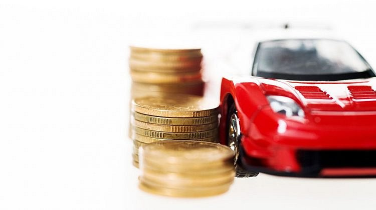 Pros and cons of car loans versus cash car sales