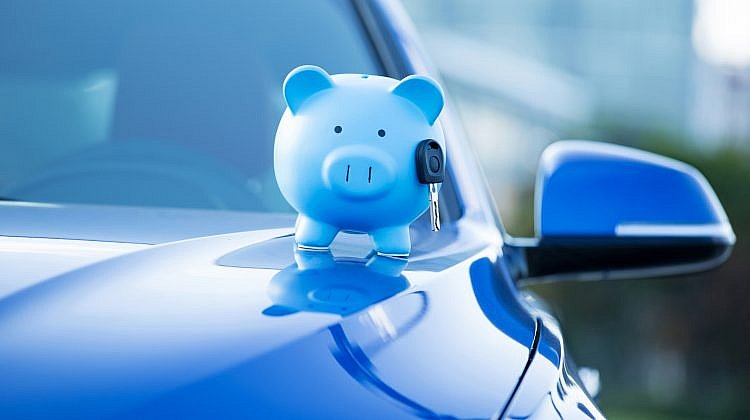What are the pros and cons of car loans?