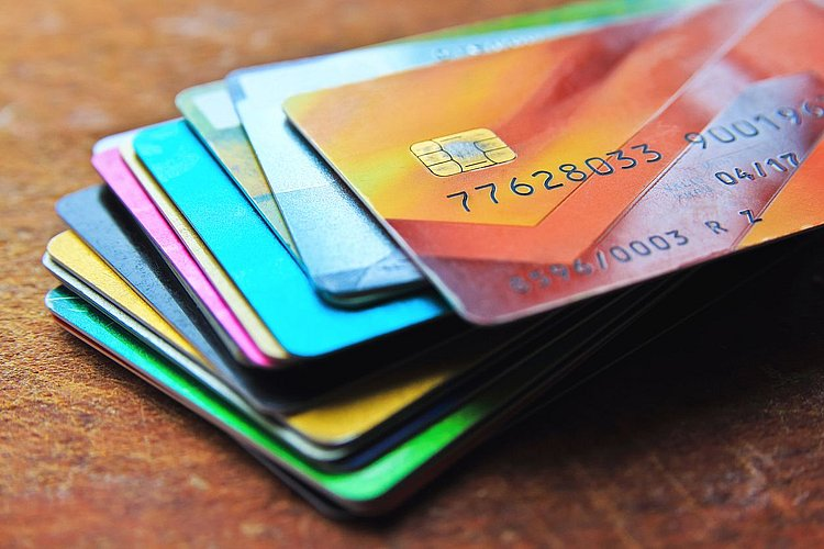End of year uptick in balance transfer cards
