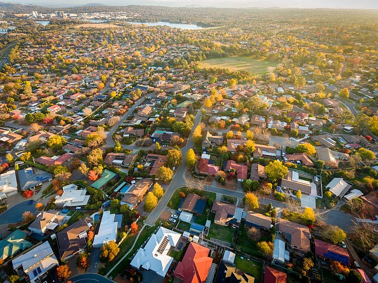 Australian property prices on the rise, approaching $7 trillion