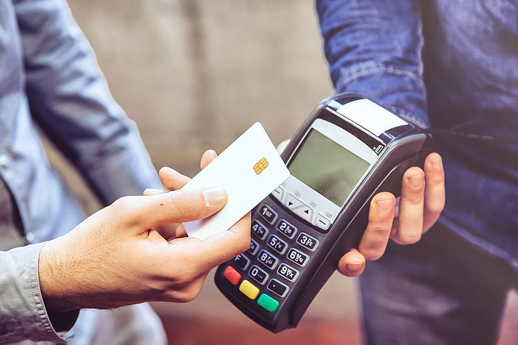 Westpac's least-cost plan for contactless card payments