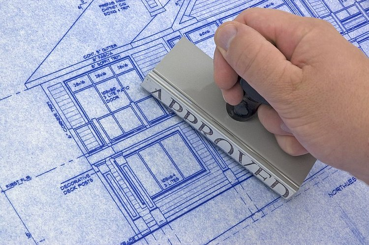 House building approvals continue to rise