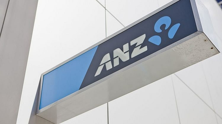 ANZ cuts fixed rates as the home loan market heats up