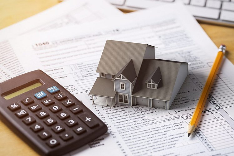 New lending drops to lowest levels in four years