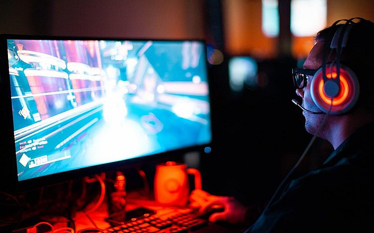 stock-video-games-gaming