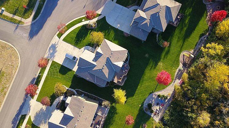 External refinancing soars as first home buyers drop like flies