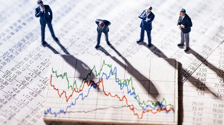 Trading shares is easy to do – but not for the faint-hearted