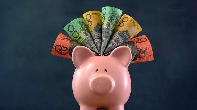 Savings Slump: Westpac cuts up to 0.10% off savings account interest rates
