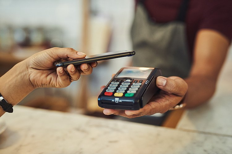 Samsung Pay partners with eftpos when contactless payments needed most